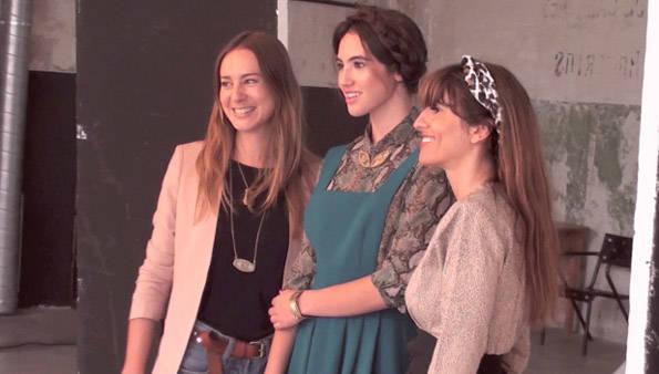 sistersister