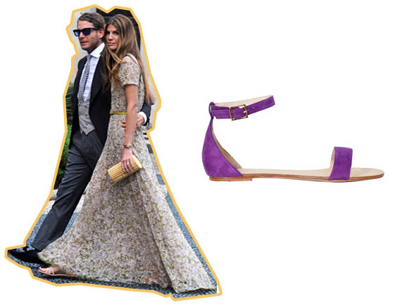 Bianca Brandolini con vestido largo y sandalia plana y sandalias de Larin para 24fab
