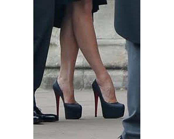 Pies de Victoria Beckham en la boda de Kate Middleton