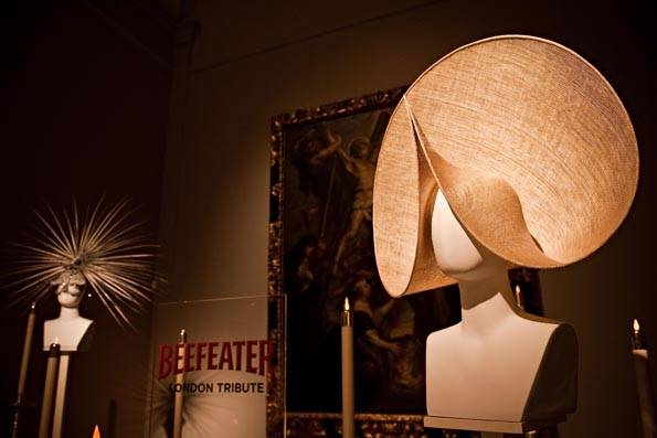 Philip Treacy se exhibe en Madrid