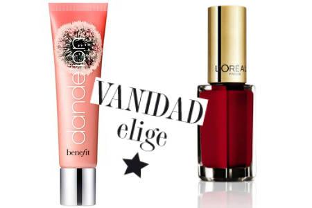 Labios gloss y uñas rojas