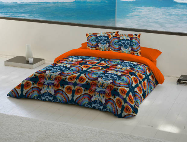 Ropa de cama diseñada por Maya Hansen