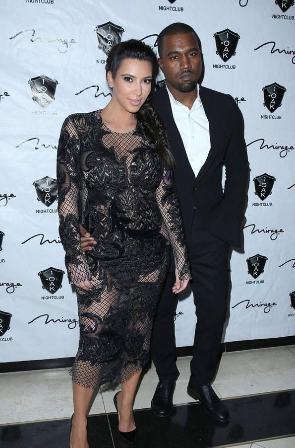 pregnant-kim-kardashian-kanye-west-new-years-eve-red-carpet-01