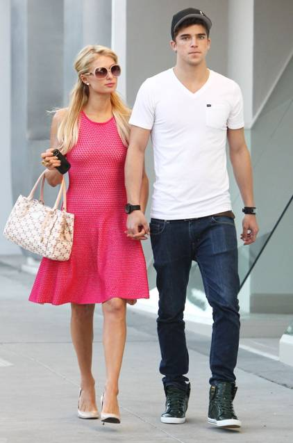 Paris Hilton y River Viiperi en Beverly Hills