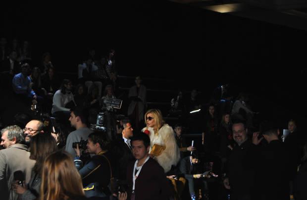 Bibiana Fernández arropada por la prensa