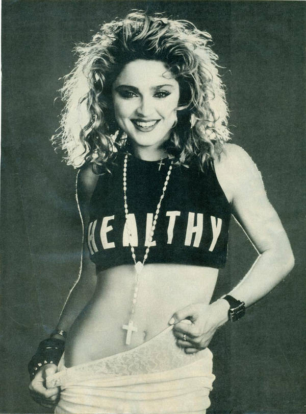 Madonna (sin diastema)