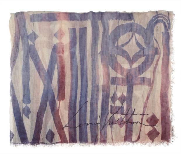 Alfabeto inventado por Retna para ilustrar la estola