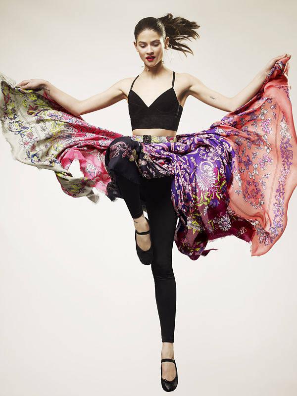 La seda es parte muy importante de la colección de Loewe