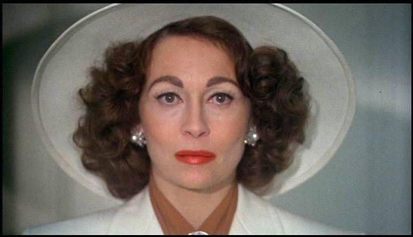 Faye Dunaway en su papel de