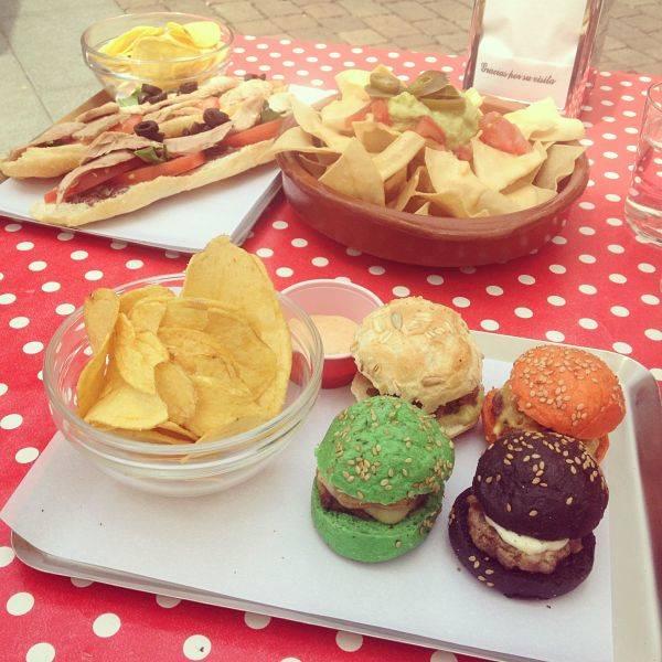 Selección de nuestros buscadores de la hamburguesa perfecta en el Naif Sandwich & Bar