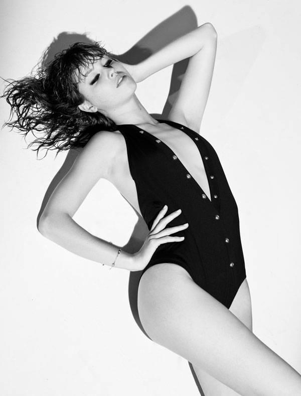 Bañador de Versace @ Net-A-Porter.com Brazalete de Swarovski