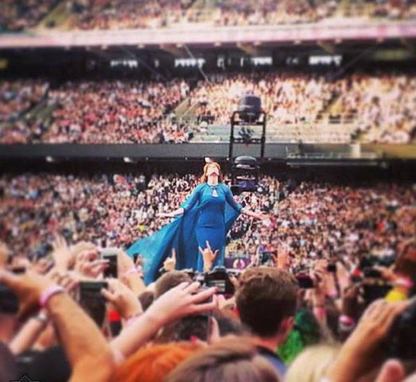 Florence Welch entregada a su público