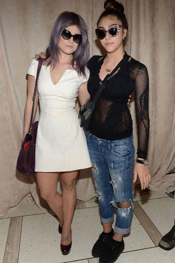 Lourdes con su amiga Kelly Osbourne