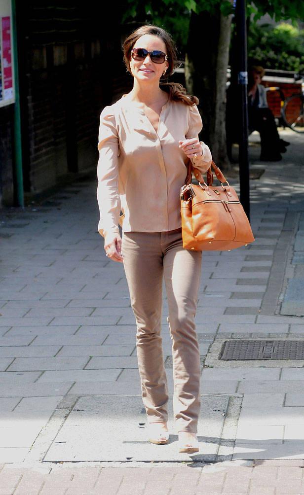 Pippa Middleton y su bolso de Modalu London