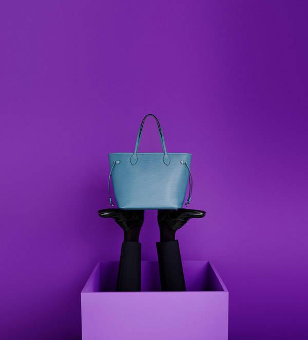 Bolso Neverfull en piel Epi turquesa de Louis Vuitton