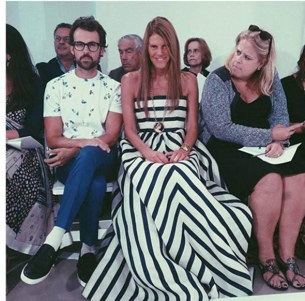 Desde el Instagram de nuestra rusa preferida, Miroslava Duma, Anna Dello Russo en el Front Row de Oscar de la Renta