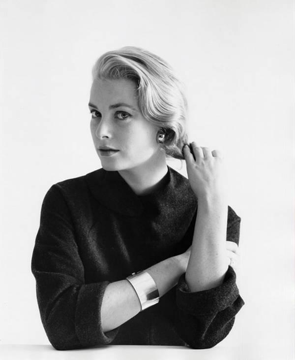 Retrato de Grace Kelly, 1954 @ Mark Shaw, cortesía de Andrew Wilder Gallery