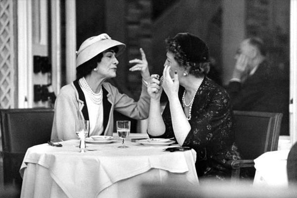 Retrato de Coco Chanel. París, 1957 @ Mark Shaw, cortesía de Andrew Wilder Gallery