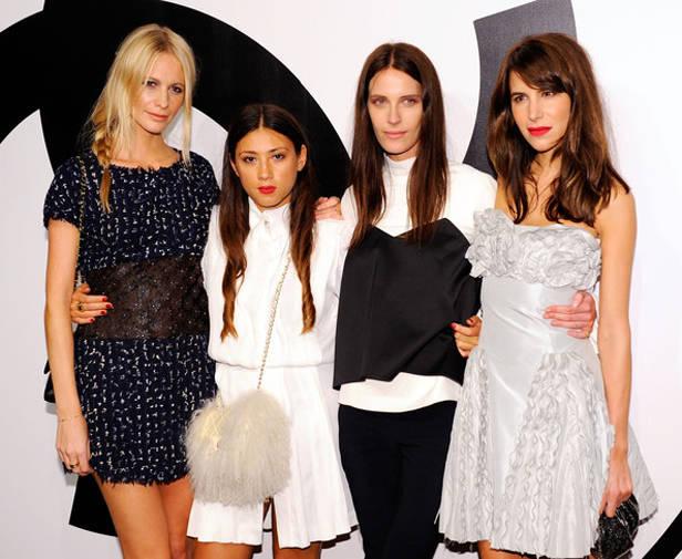 Les Fidèles de Chanel: Poppy Delevigne, Jen Brill, Vanessa Traina y Caroline Sieber