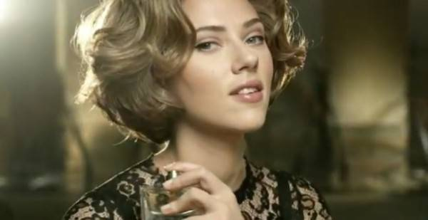 Scarlett Johansson para D&G.