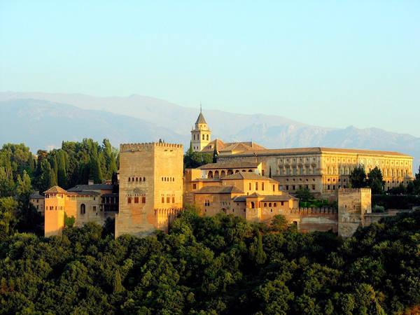 Alhambra_Vanidad