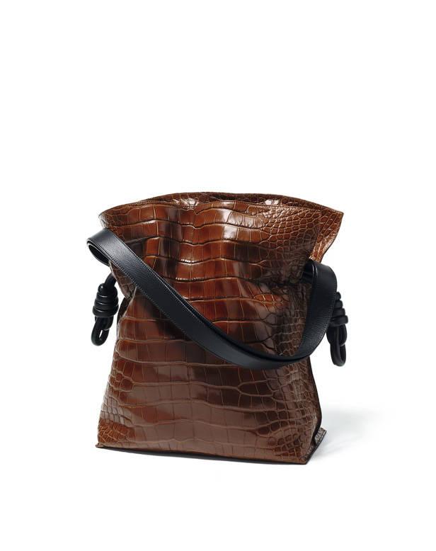Bolso Flamenco de Loewe en piel de cocodrilo