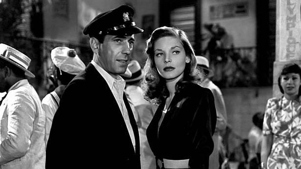 Lauren Bacall junto a Humphrey Bogart en
