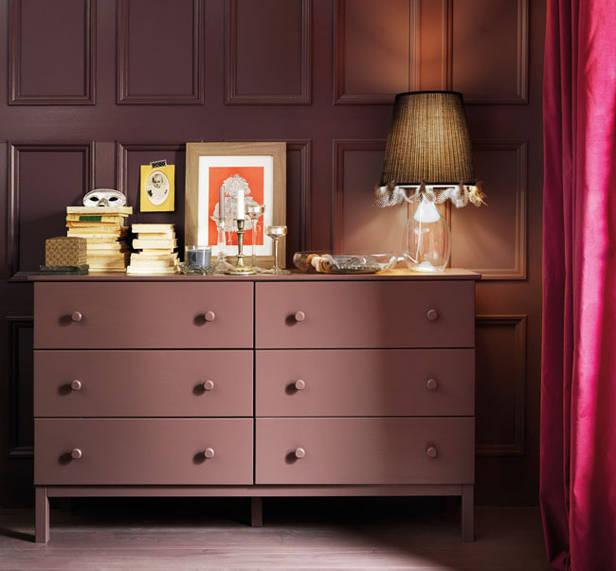 Mueble rosado para el salón