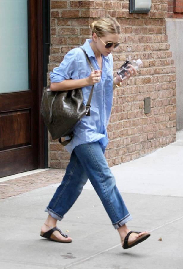 Ashley Olsen con look normcore