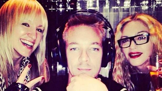 Madonna y DJ.
