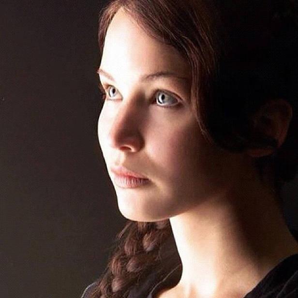 Jennifer Lawrence como Katniss