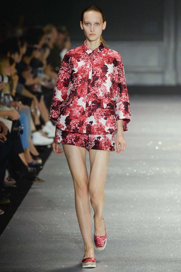 Moncler Gamme Rouge/ PARÍS Las 5 tendencias de las semanas de la moda que necesitas