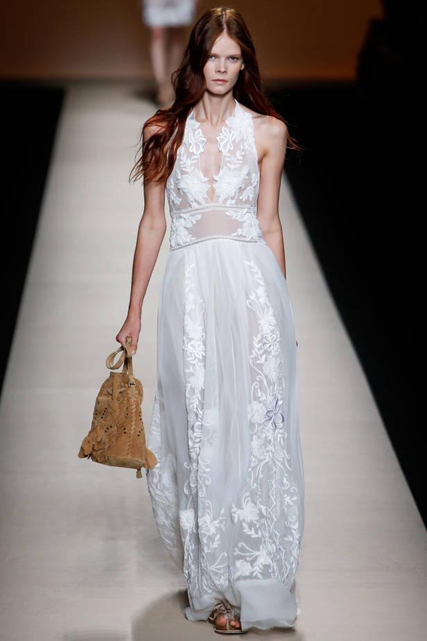 Alberta Ferretti/ MILÁN Las 5 tendencias de las semanas de la moda que necesitas