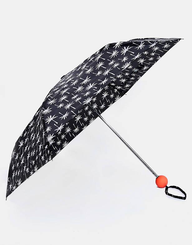 Sombrilla de New Look kit supervivencia lluvia vanidad