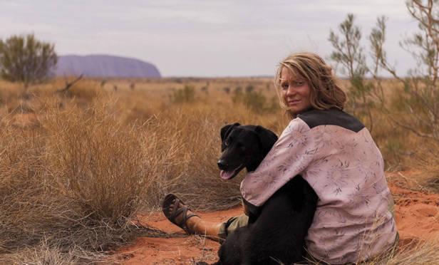 Mia Wasikowska viaje de tu vida estreno cine vanidad