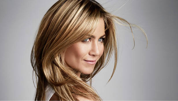 Jennifer Aniston para Living Proof beauty novedades vanidad