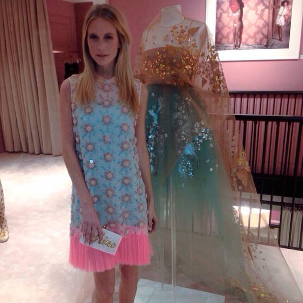 Poppy Delevingne vestida de Delpozo @officialdelpozo