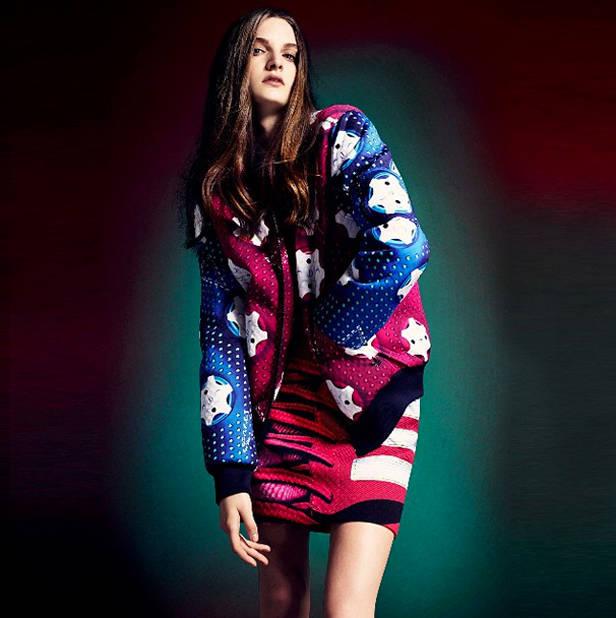 Mary_Katrantzoux_Adidas_Vanidad