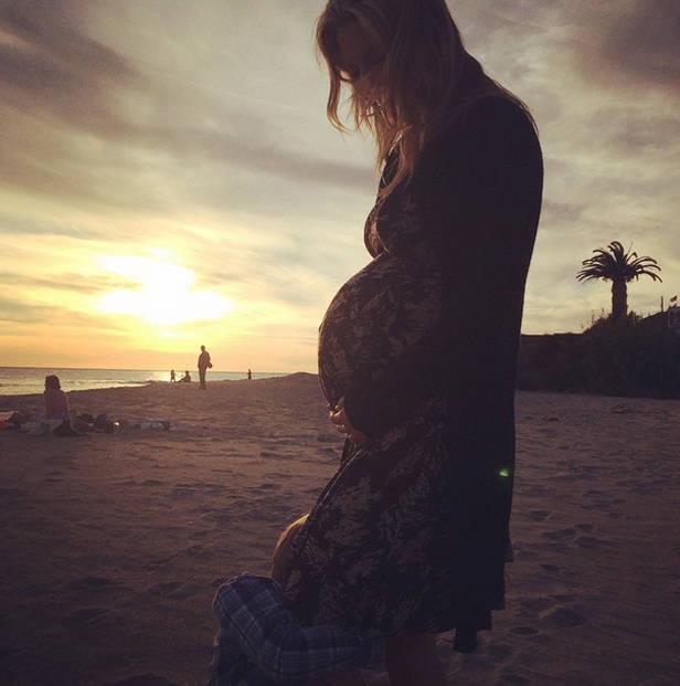 Embarazada_Ali_larter_vanidad