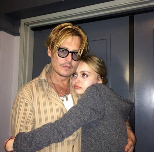 Lily Rose junto a su padre, Johnny Depp.  Imagen: Instagram @lilyrose_depp