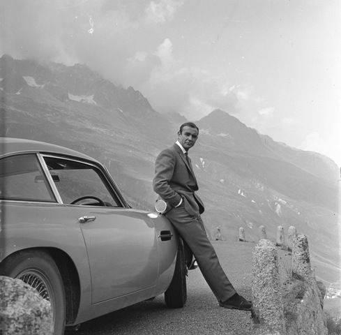 Foto6-James Bond-Vanidad