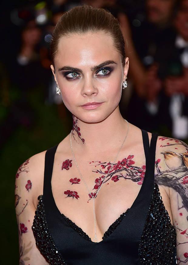 tatuajes-cara-delevingne-vanidad-2