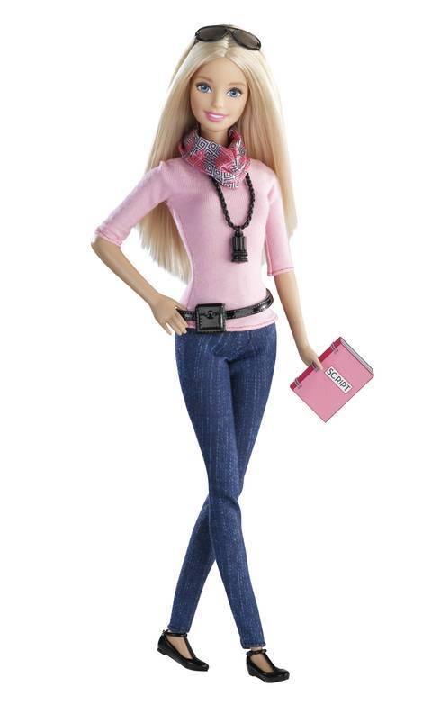 Barbie Directora de Cine será la primera en llevar zapatos planos.  Imagen: Mattel