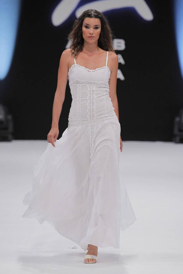 Uno de los diseños de Dira Moda Imagen: Viewfashionbook