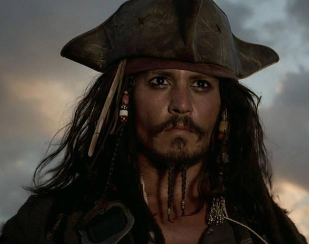 Johnny Depp transformado en su alter ego pirata: Jack Sparrow.