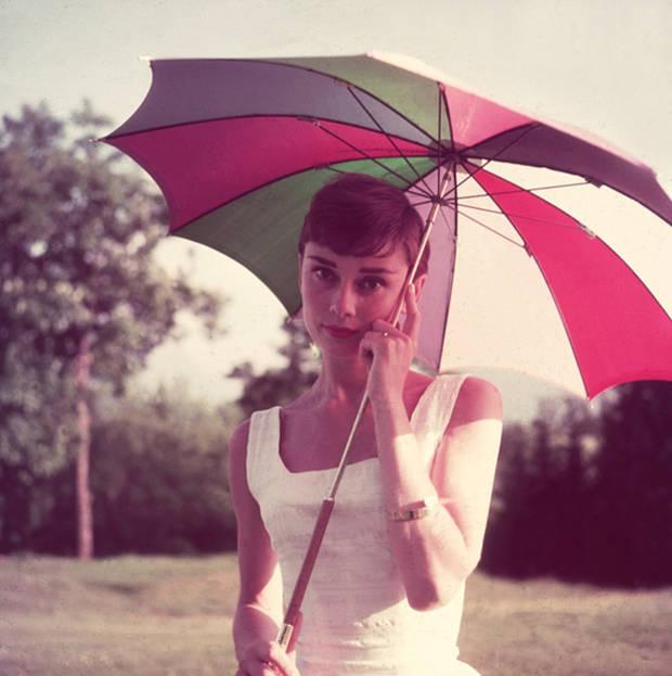 audry-umbrella-vanidad