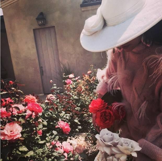 Lady-Gaga-pasión-por-la-moda-española-02