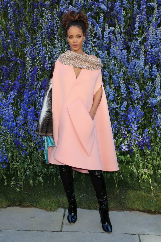 looks mas impactantes vanidad Rihanna