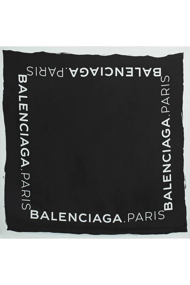los-mejores-complementos-para-este-invierno-Balenciaga