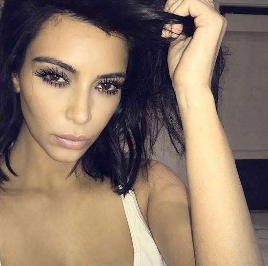 Kim Kardashian, la reina de los selfies y las spider lashes
